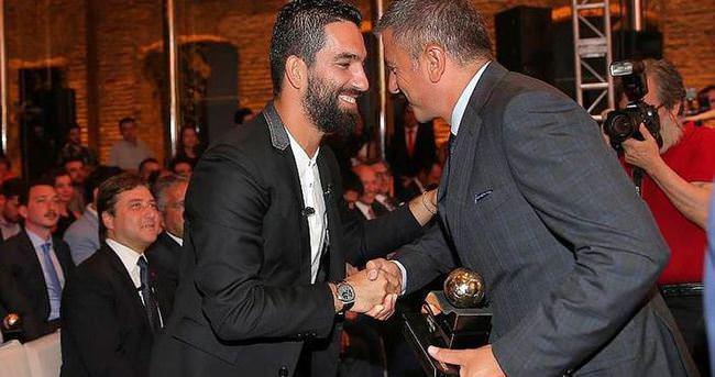 Arda Turan'dan Hamzaoğlu açıklaması