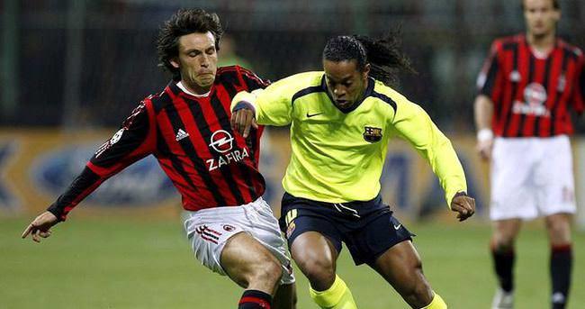 Antalyaspor, Pirlo ve Ronaldinho ile anlaştı