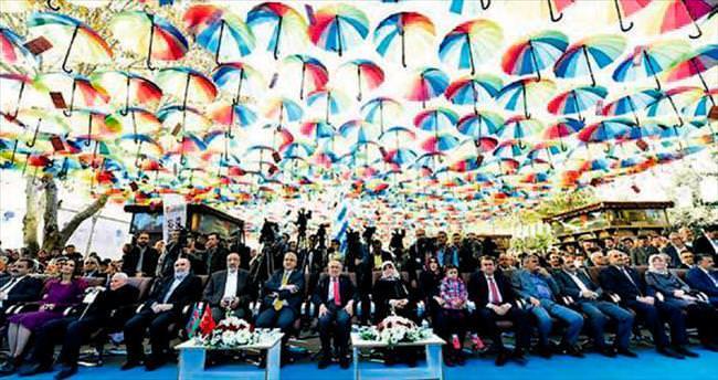 Anadolu'nun en büyük kitap fuarı K.Maraş'ta açıldı