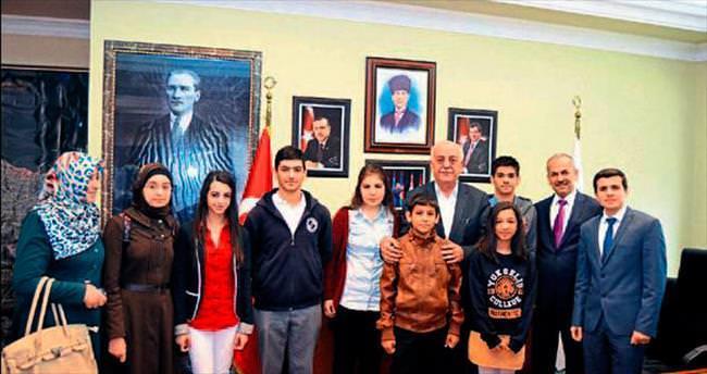 Başkan Seyfi Dingil'e çocuklardan ziyaret