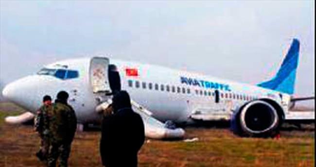 Pistten çıkan Kırgız uçağında 6 yaralı