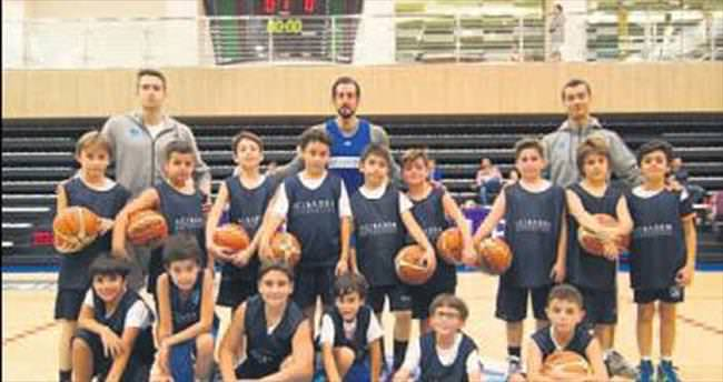 Dersimiz: Basketbol Hoca: Kerem Tunçeri