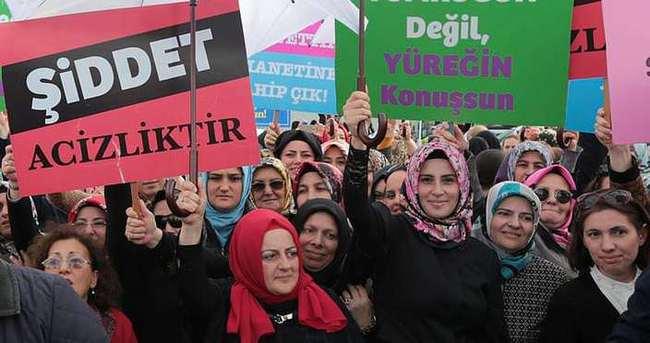 AK Partili kadınlar 'Şiddete karşı dur' dedi