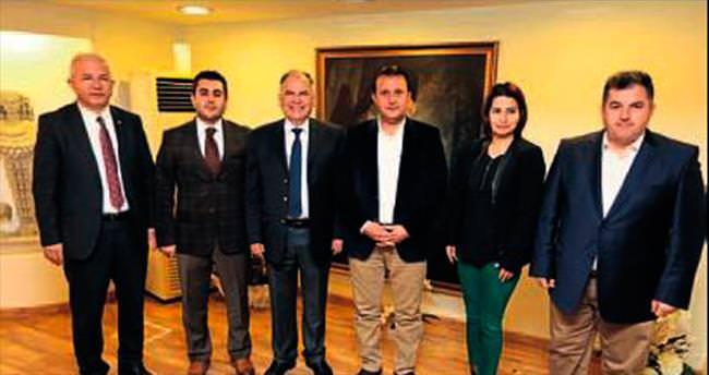 AK Partili başkanlar Selçuk'ta buluştu
