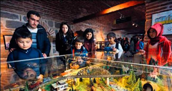 Sanayi Müzesi minikleri büyüledi