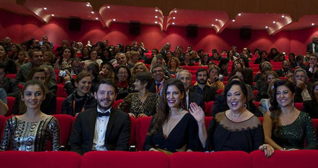 Antalya Film Festivali Türkan Şoray'ın filmiyle açıldı