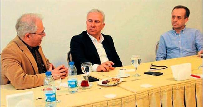 İzmir Üniversitesi Hastanesi KSK Başkanı Erten'i ağırladı