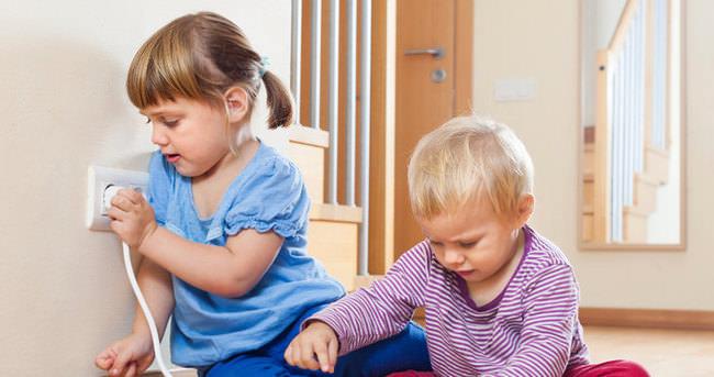 Evde çocukları bekleyen tehlikeler