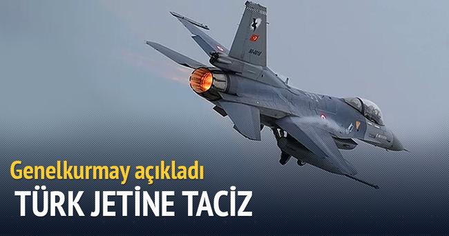 Ege'de Türk jetine taciz edildi