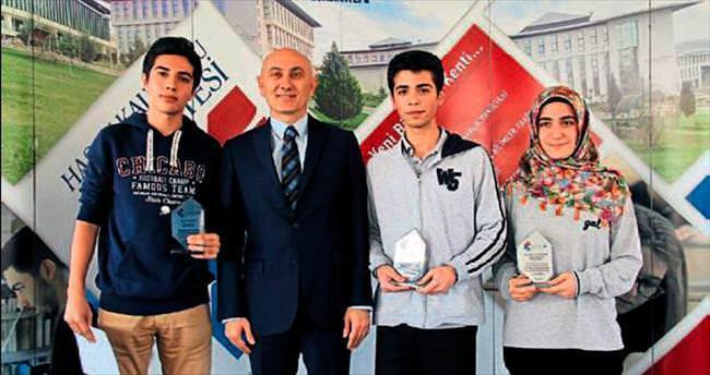 Başarılı öğrencilere kahvaltılı ödül töreni