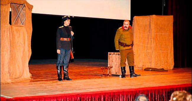 Kara Fatma tiyatro oyunu tam not aldı