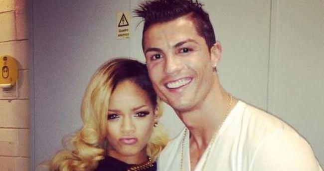 Ronaldo Rihanna'nın şarkısını seslendirdi