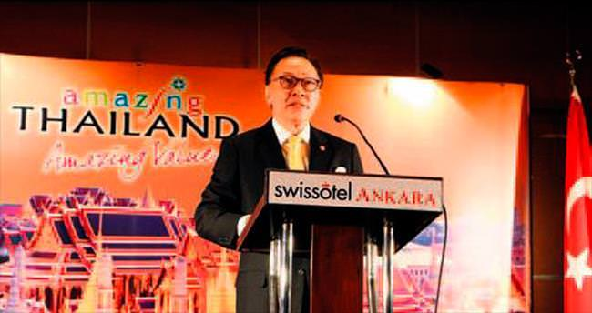 Tayland Milli Günü kutlandı