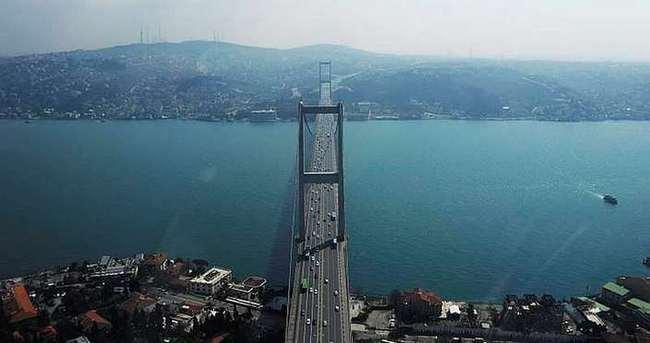 İstanbul Boğazı'nda çifte intihar