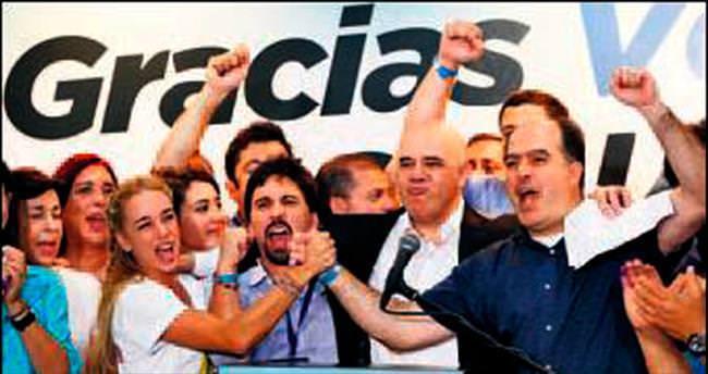 Venezüella'da zafer sağın