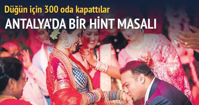 Düğün için 300 oda kapattılar