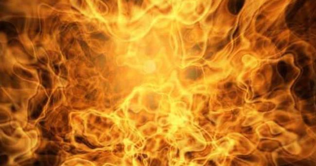 Eyüp'te araç yangını