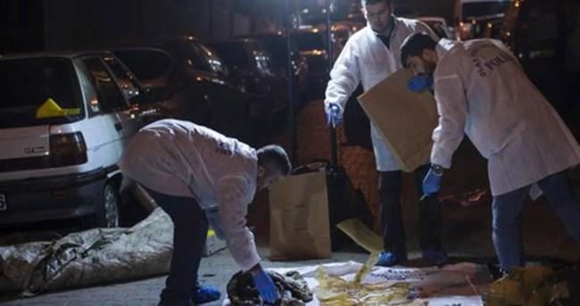 Kağıt toplama arabasının çuvalından ceset çıktı
