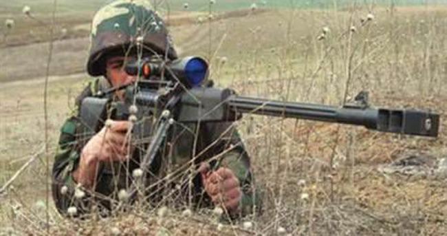 Ermenistan'ın zırhlı araçları vuruldu