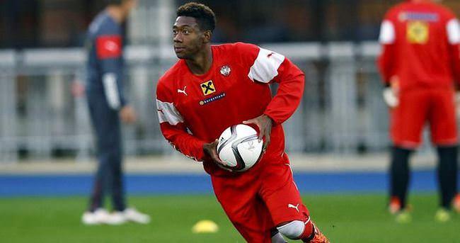 Yıldız futbolcu Galatasaray için geliyor