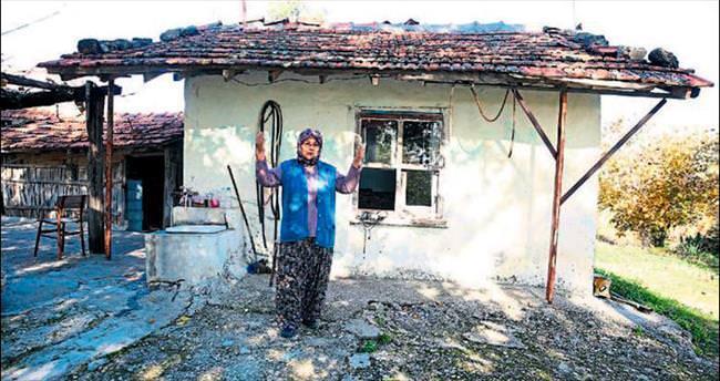 42 yıldır oturduğu ev bir çırpıda yıkılacak