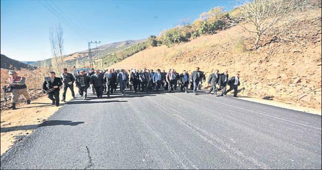 Osmaniye'de köy grup yolu törenle açıldı