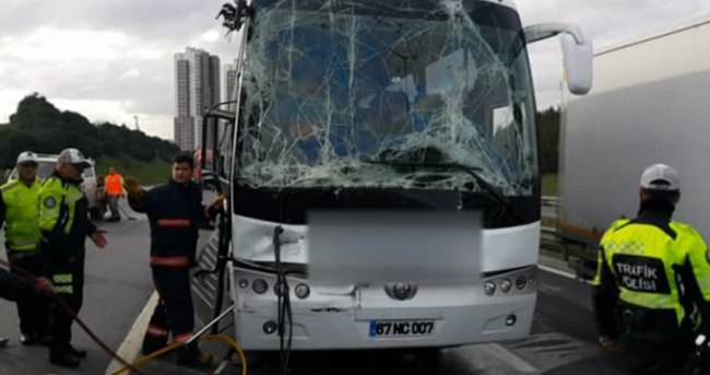 İstanbul'da TEM'i kitleyen kaza