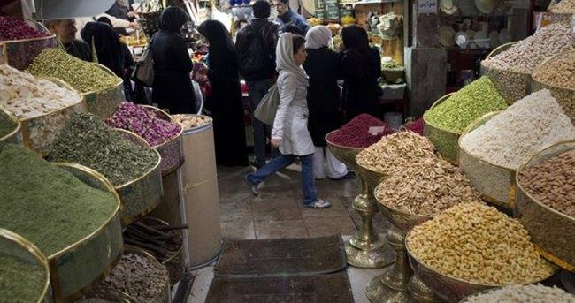İran'dan 227 ürüne yasak