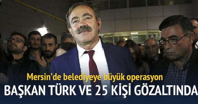 Mersin'de belediyeye operasyon