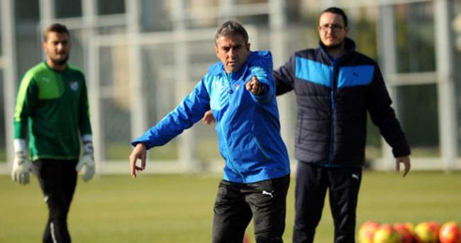 Bursaspor yeni hocasıyla çıkış peşinde