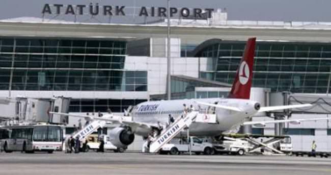 Atatürk Havalimanı'nda korkutan yangın