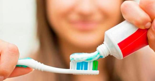 Diş bakımı nasıl yapılır?