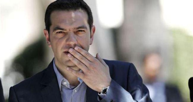 Yunanistan eşcinsel evliliğe 'evet' dedi