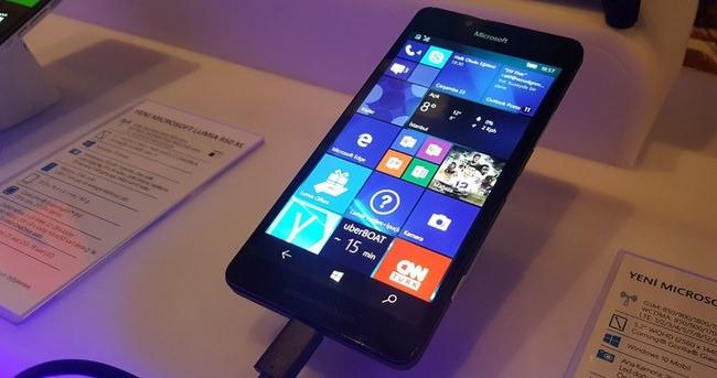 Microsoft'un Windows 10'lu telefonları Türkiye'de