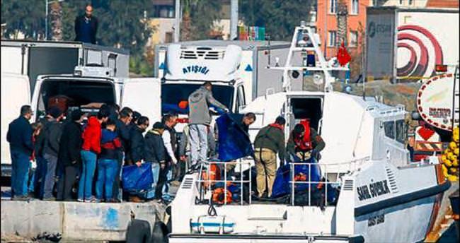 Dikili'de tekne battı: 18 ölü