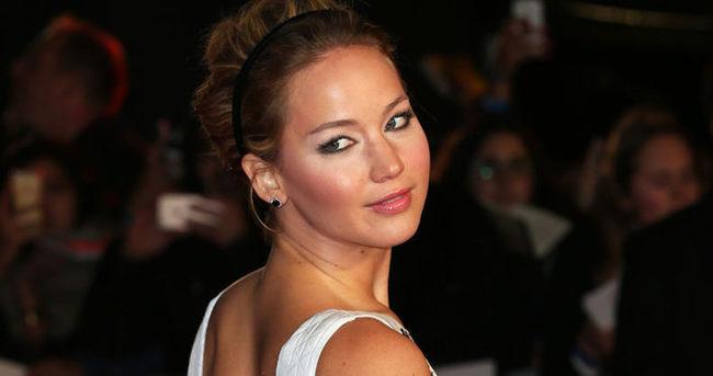 Jennifer Lawrence'tan mide bulandıran itiraf