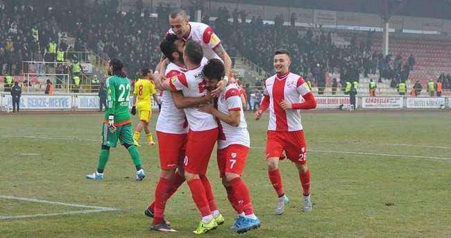 Boluspor 3 puanı 3 golle aldı