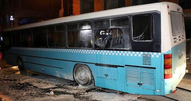 Özel halk otobüsüne molotoflu saldırı