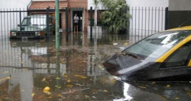 Arjantin'de sel: 2 ölü