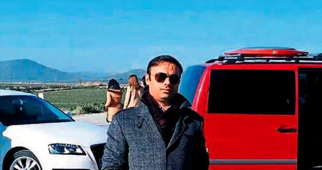 Foça'da iki araç kafa kafaya çarpıştı: 1 ölü