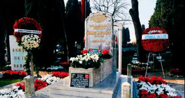Mehmet Akif vefatının 79. yılında anıldı