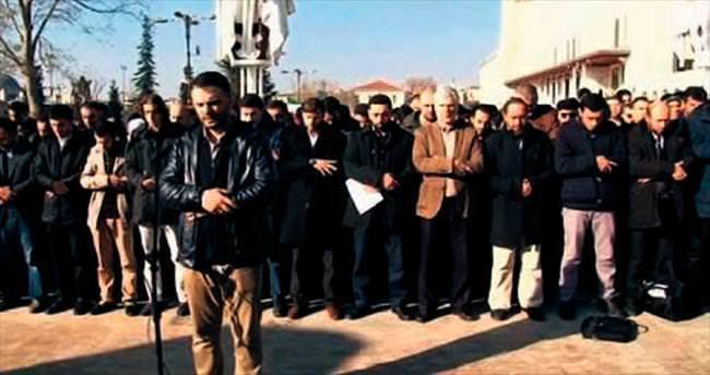 Zehran Alluş için gıyabi cenaze namazı