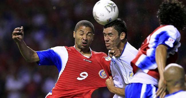 El Salvadorlu futbolcu öldürüldü