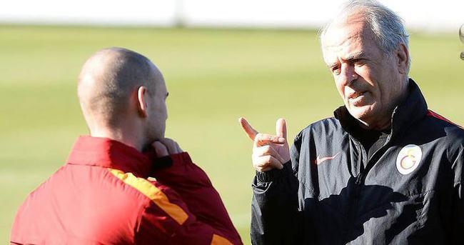 Transfer Sneijder'e bağlı
