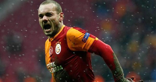 Sneijder'den şok haber