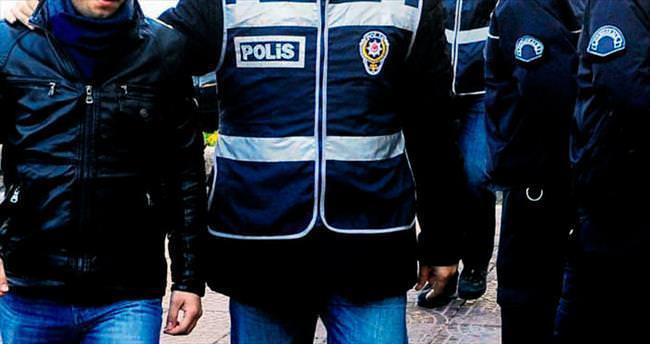 Paralel davasında ilk karar: 3 polise hapis