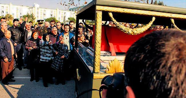 İzmir ve Balıkesir şehitleri uğurlandı