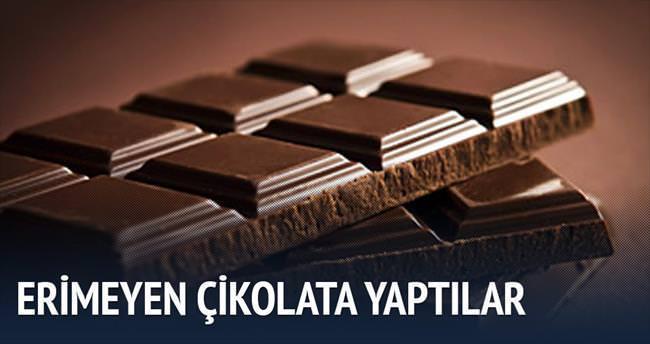 Erimeyen çikolata