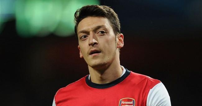 Mesut Özil'e üvey kardeş şoku!