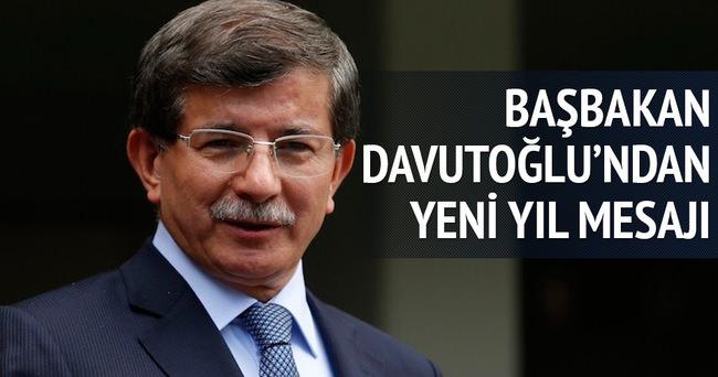 Başbakan Davutoğlu'ndan yeni yıl mesajı